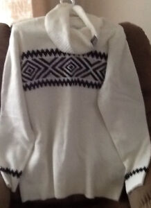 New REITMANS sweater $10 Size XL; 3 TOPS size M-L, $5-$10: New R