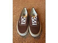 Brown Vans size 10 shoe low top trainer