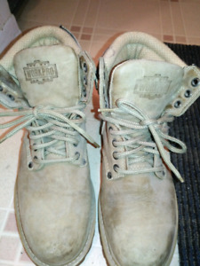 Ladies size 7 1/2 wide steel toe work boots