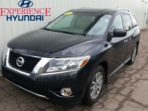 2016 Nissan Pathfinder SV EXCELLENT V6 4X4 WITH FACTORY WARRANTY