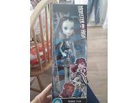 *NEW* in box Frankie Stein monster high doll