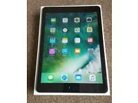 Apple iPad 2. WiFi and 4g. Unlocked