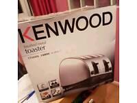 Kenwood 4 Slice toaster ( used )