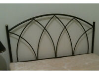 expensive top quality black metal double bed headboard as new v clean & from a non smoking household