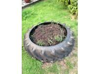 Tractor tyre planter 1200mm wide