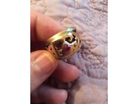 9ct gold chunky ring with ruby