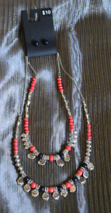 NEW Vibrant Necklace and Earring Set