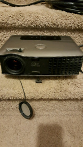 Dell 2400mp projector for sale $100 obo