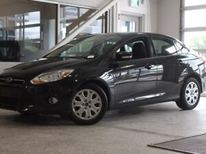 2012 Ford Focus SE-Moon Roof-Heated Seats