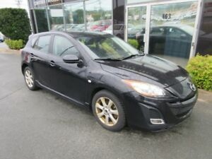 2010 Mazda 3 AUTO HATCH W/ ALLOYS