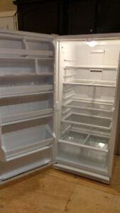 Réfrigérateur tout en un