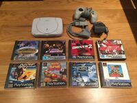 Playstation 1 Slim, Controller & 8 Games