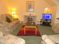 SHORT TERM SELF CATERING ABERDEEN BUCKSBURN SLEEPS 4. WEEKLY LETS FROM £400pw NEAR DYCE AWPR AIRPORT
