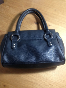 GUESS black leather clutch purse EUC