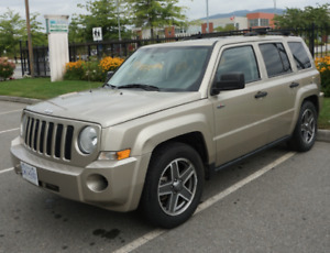 2009 Jeep Patriot Sport North Edition 4-DR 2WD 2.4L FWD 250k KM
