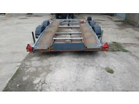 Twin axle car trailer transporter beaver tail