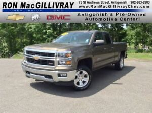 2015 Chevrolet Silverado 1500 LT 2LT..Low KM's..Satellite Radio.