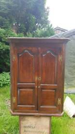 Antique Oak Wall Hung Corner Unit