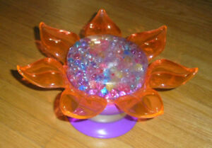 Decorator Floral Light with Color Changing Beads in Center