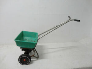 Red Devil Lawn Fertilizer & Grass Seed Spreader - Works