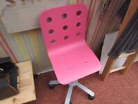 SMALL PINK DRESSING TABLE/COMPUTER SWIVEL CHAIR