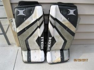 Goalie pads - Itech Prodigy 30 inches/CCM Goalie Pants!