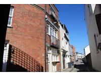 2 bedroom house in Woodbury Lane, Clifton, Bristol, BS8 2SA