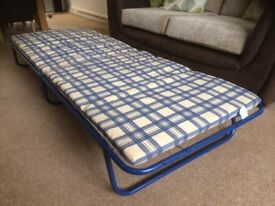 For Sale 2 Guest Beds