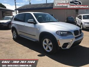 2011 BMW X5 xDrive35i  LOW KMS AND LOADED!!  GORGEOUS AND ONLY 9