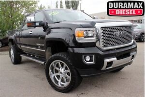 2015 GMC Sierra 3500HD Denali| 4 Lift| 22 Rim| Tonn Cover| Safet