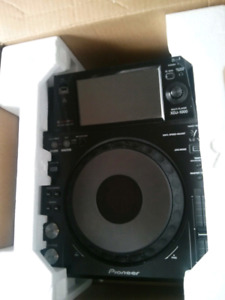 Mint condition XDJ 1000