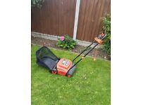 Black & Decker lawn rake