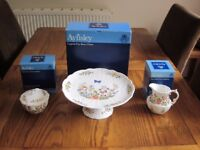 Aynsley Bone China 'Cottage Garden', collector's items