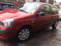 Renault Clio 1.4 16v Automatic 2005 **£995**
