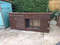 Dog kennel / run 10ft