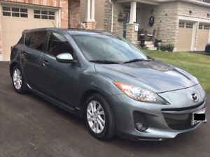 2012 Mazda3 GS Sport, SKY Active, Leather, sunroof, 6speed, MINT