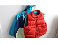 BABY BOYS GILET AND LIGHTWEIGHT SHOWERPROOF JACKET (12-18 months)