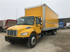 2012 Freightliner M2 26 Feet Box Tailgate G license