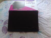 "Kenmark 19 "" HD Ready Digital LCD TV / DVD Digital Freeview HDMI"