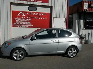 2011 Hyundai Accent SE 3-Door