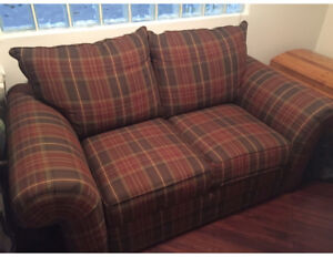 BASSETT Couch Set, great price like new sofa + love seat