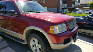 2005 Ford Explorer in Fantastic Condition
