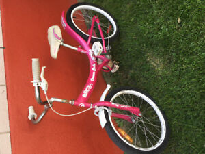 Girls bike. For girl 6-9 years old