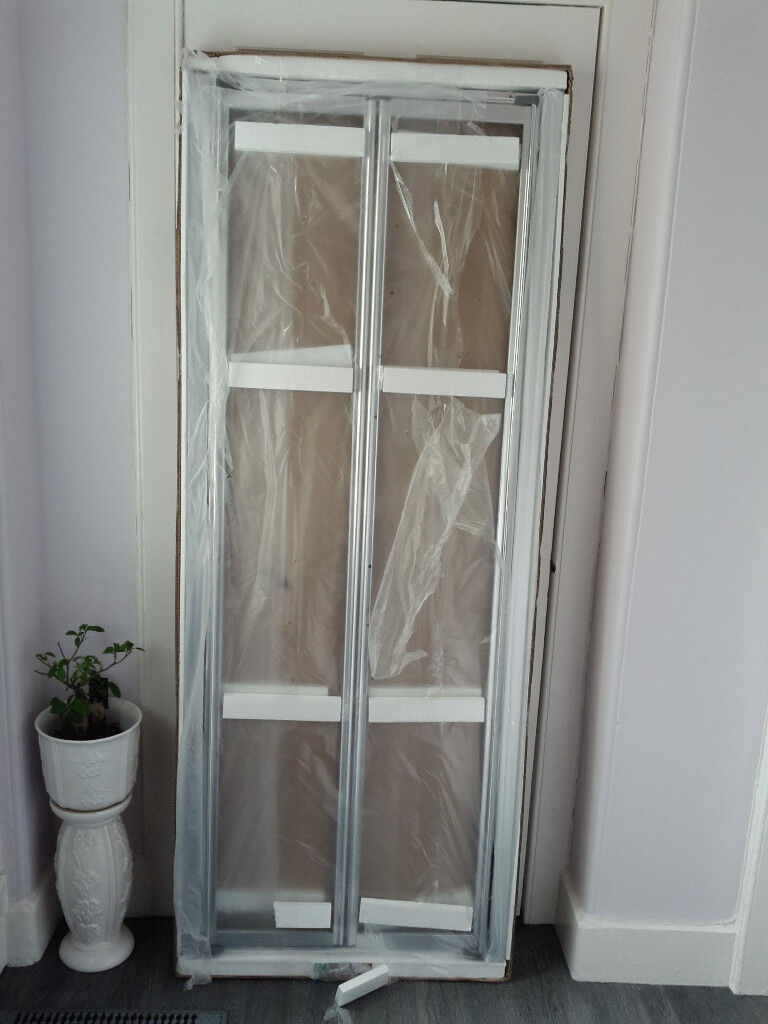 Bath Store 760 Infold Shower Screen Door Cost 200 Sell 60 New In