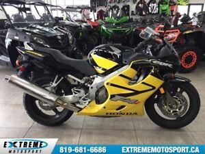 2004 Honda CBR600F4i 17.73$/semaine