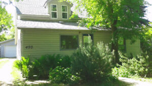 For rent in Asquith 25 min. West of S'toon 25 min.
