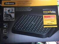 Brand new boxed Fellowes standard footrest