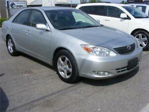 2003 Toyota Camry XLE  LEATHER INT.  SUNROOF
