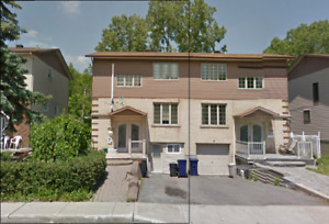 4 BEDROOM TOWNHOUSE FOR RENT - CLEAN & WELL-MAINTANED *CHOMEDEY*