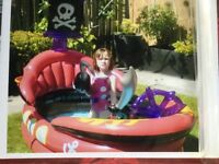 Pirate paddling pool